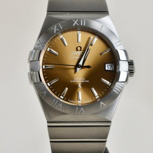 Omega Constellation replica champagne silver dial ladies watch