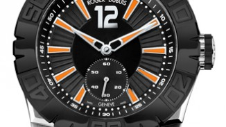 Hands-On With Roger Dubuis EasyDiver Blackswan Replica